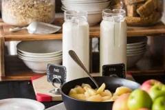 The Matador Motel - Free Breakfast Bar